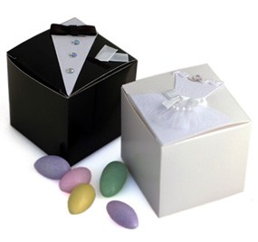 Bride/Groom Wedding Favor Boxes - Set of 12