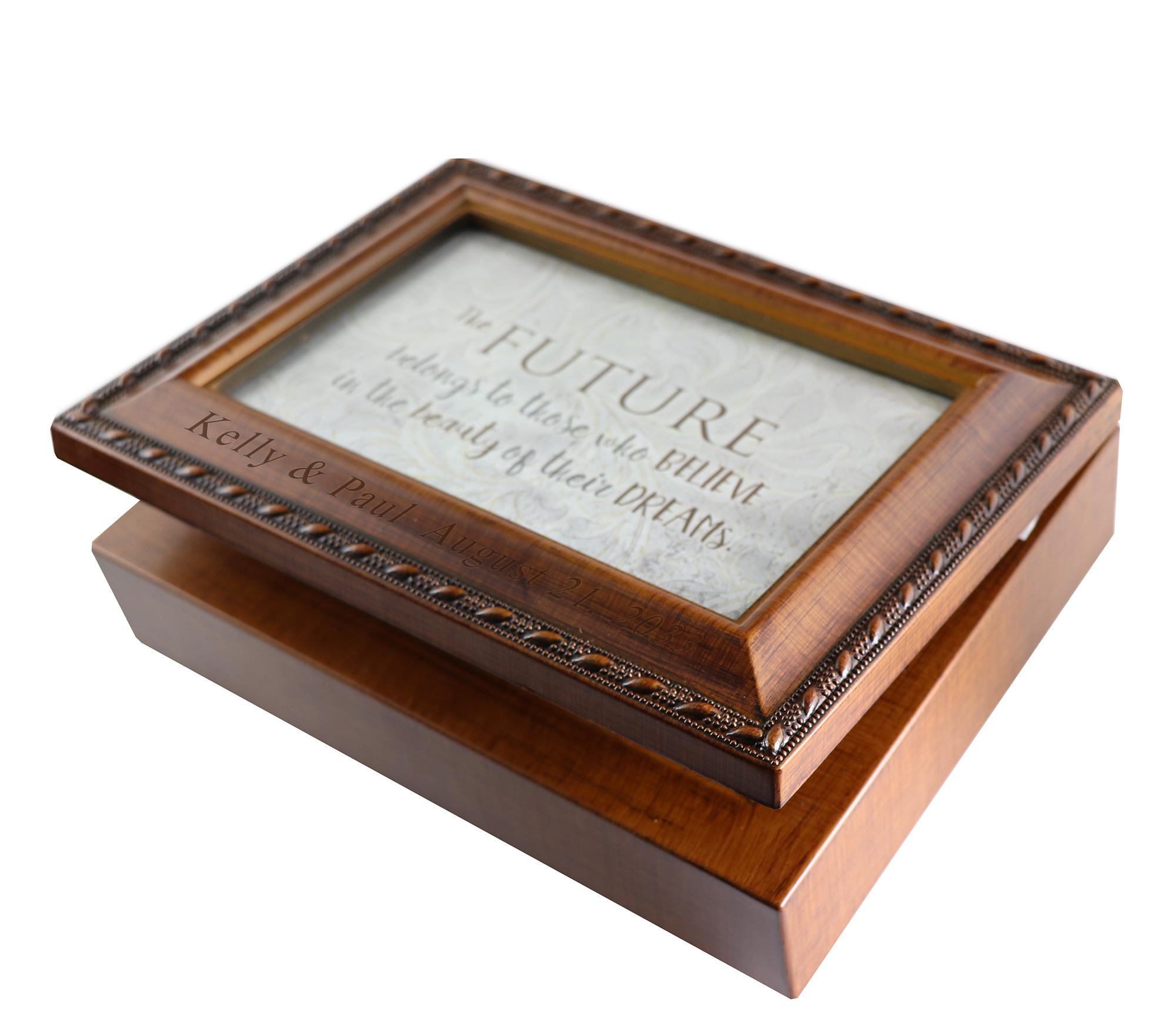 "Classical Vintage Wood 4"" x 6"" Photo Frame Music Box"