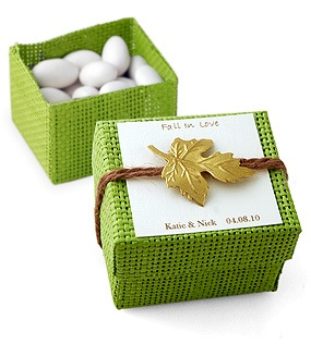 Fall In Love Leaf Favor Box