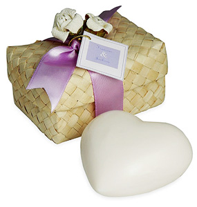 Heart Soap in Hawaiian Favor Box*